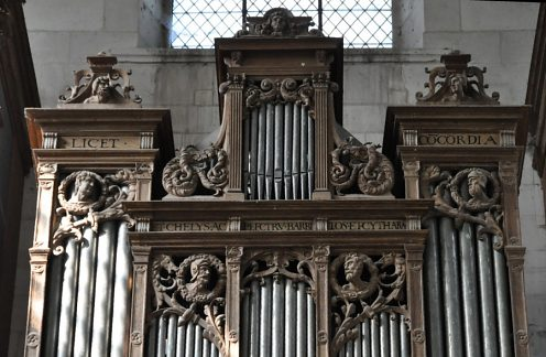 Partie haute de l'orgue de tribune